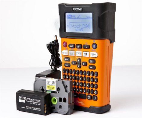 Brother PT-E300VP feliratozógép